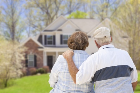 Elderly couple thankful that they can stay at home due to their home care provider.